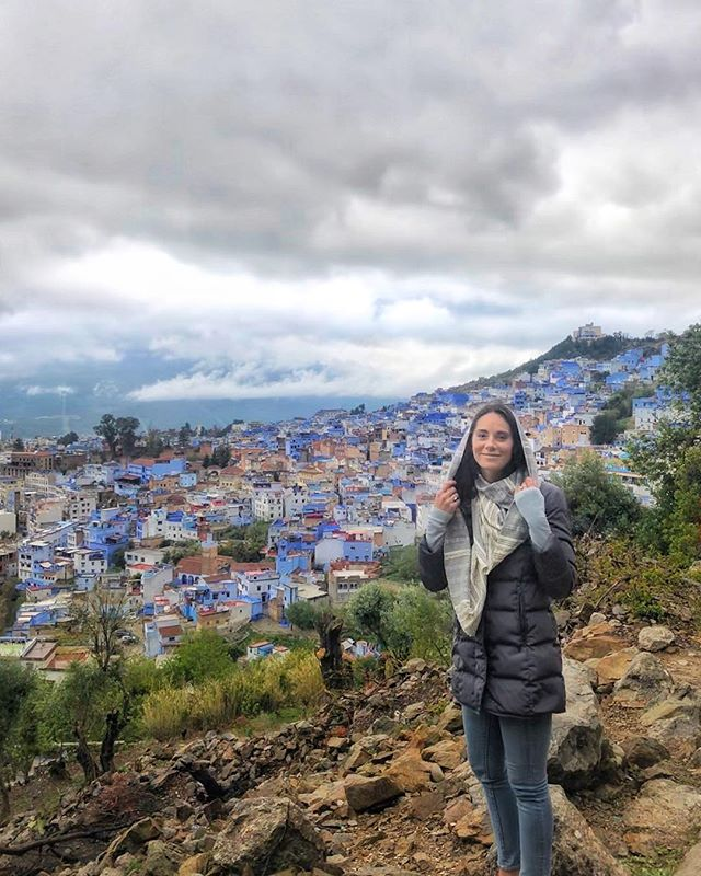 morocco was a wild ride and one of my favorite days 𝑒𝓋𝑒𝓇 was our day in chefchaouen the blue city 💙 we traveled through the night to arrive to this little mountain town at 3am and spent the whole next day walking in the rain.. popping into shops & cafes and hiking to the abandoned spanish mosque at the top of the city in awful footwear. there were many special moments that still stand out like tasting fresh honeycomb at the bottom of the waterfall, meditating at the mosque and opening our eyes to being gifted crystals dug from the mountain side 😭 and sharing song and mint tea with some of the kindest people we met the whole trip. swipe til the end to experience an afternoon call to prayer in the rain 🌧