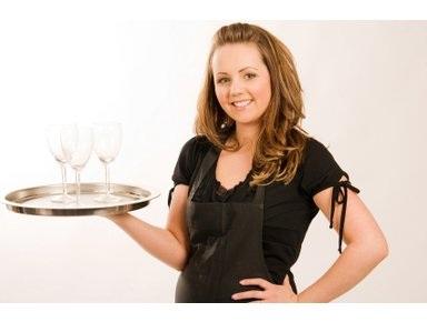 waitresspic.jpg