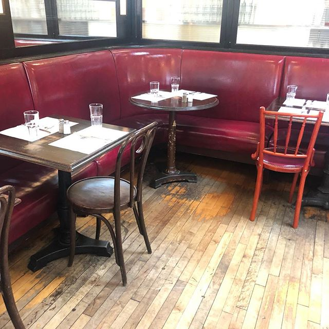 Raymond's Montclair furniture manufactured by Rollhaus Seating Products in Long Island City #raymonds #montclairrestaurants #seatingproducts #restaurantfurniture #chairs #eclecticchairs #bestnjrestaurants #restaurantdecor