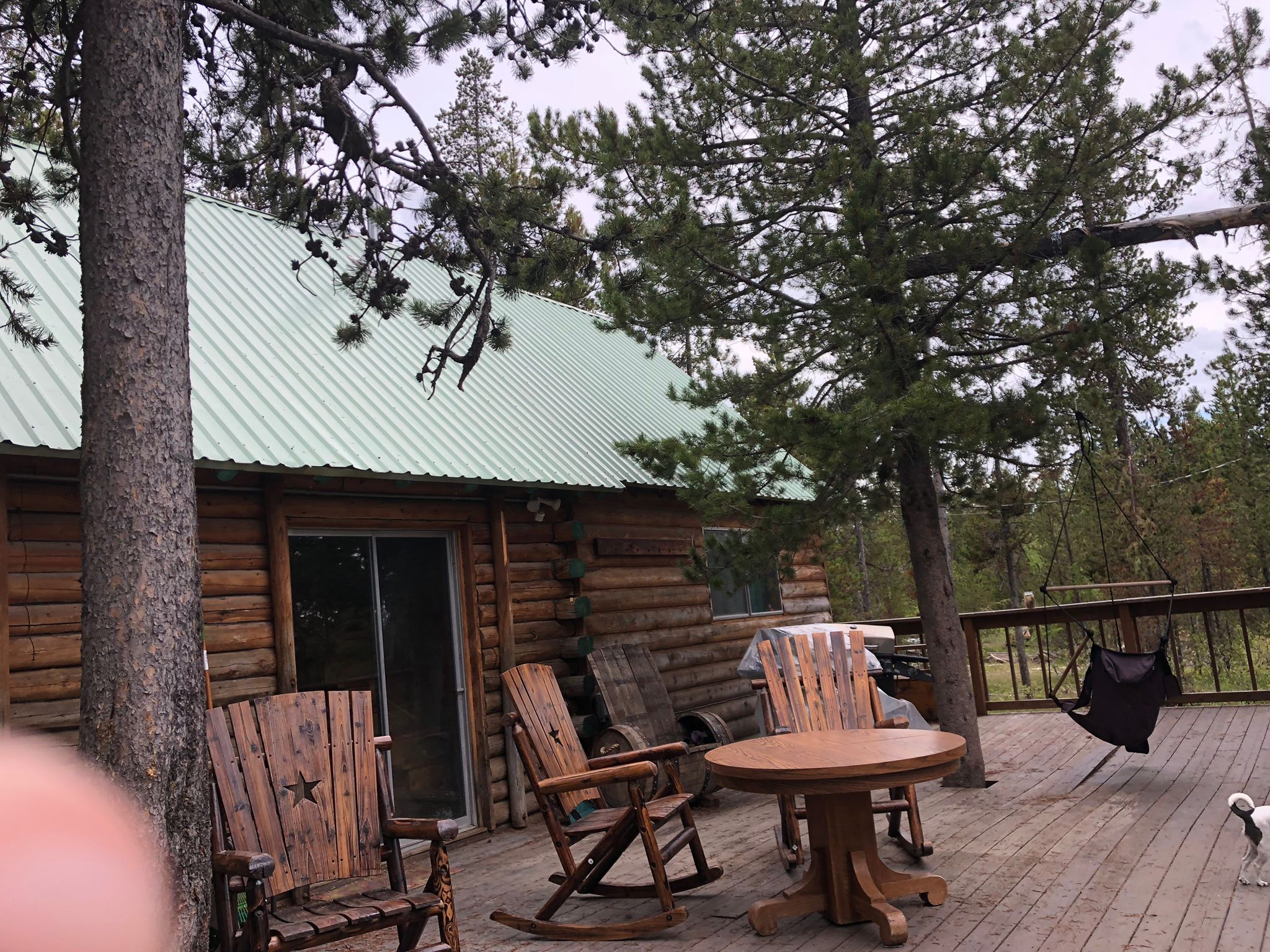 cabin-rental-island-park-idaho-cabins.jpg