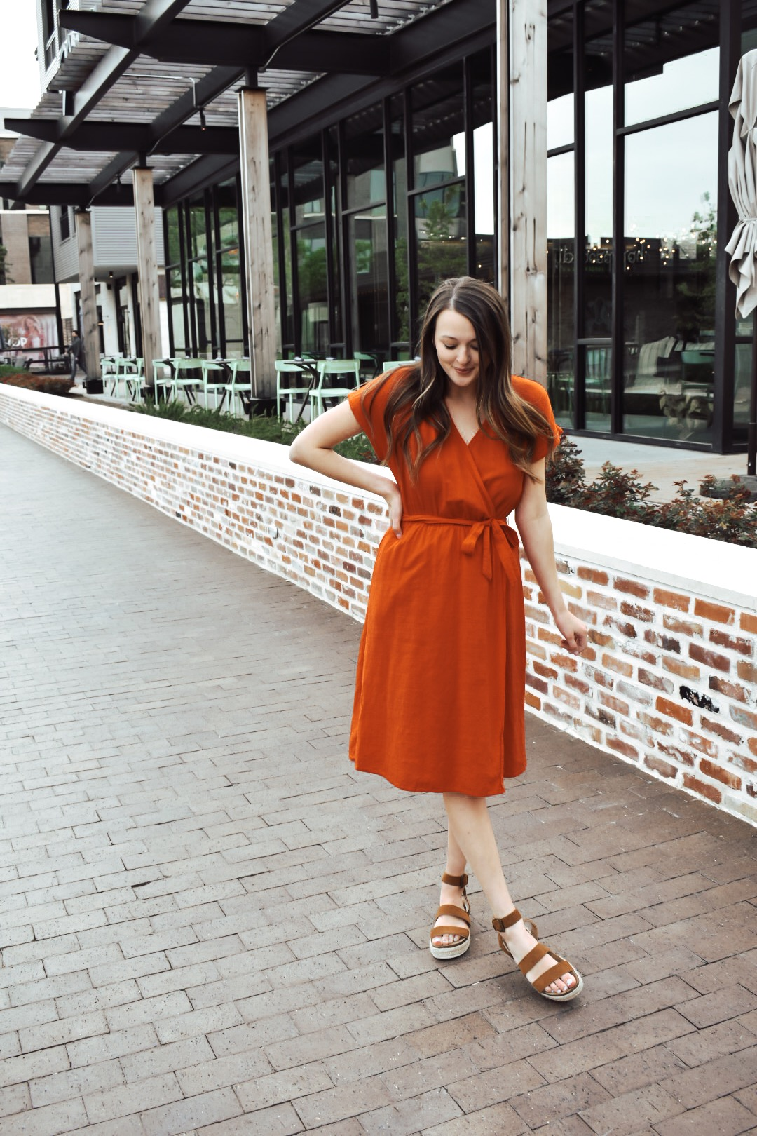 6debe263 I have linked all of my favorite midi dresses from target below: