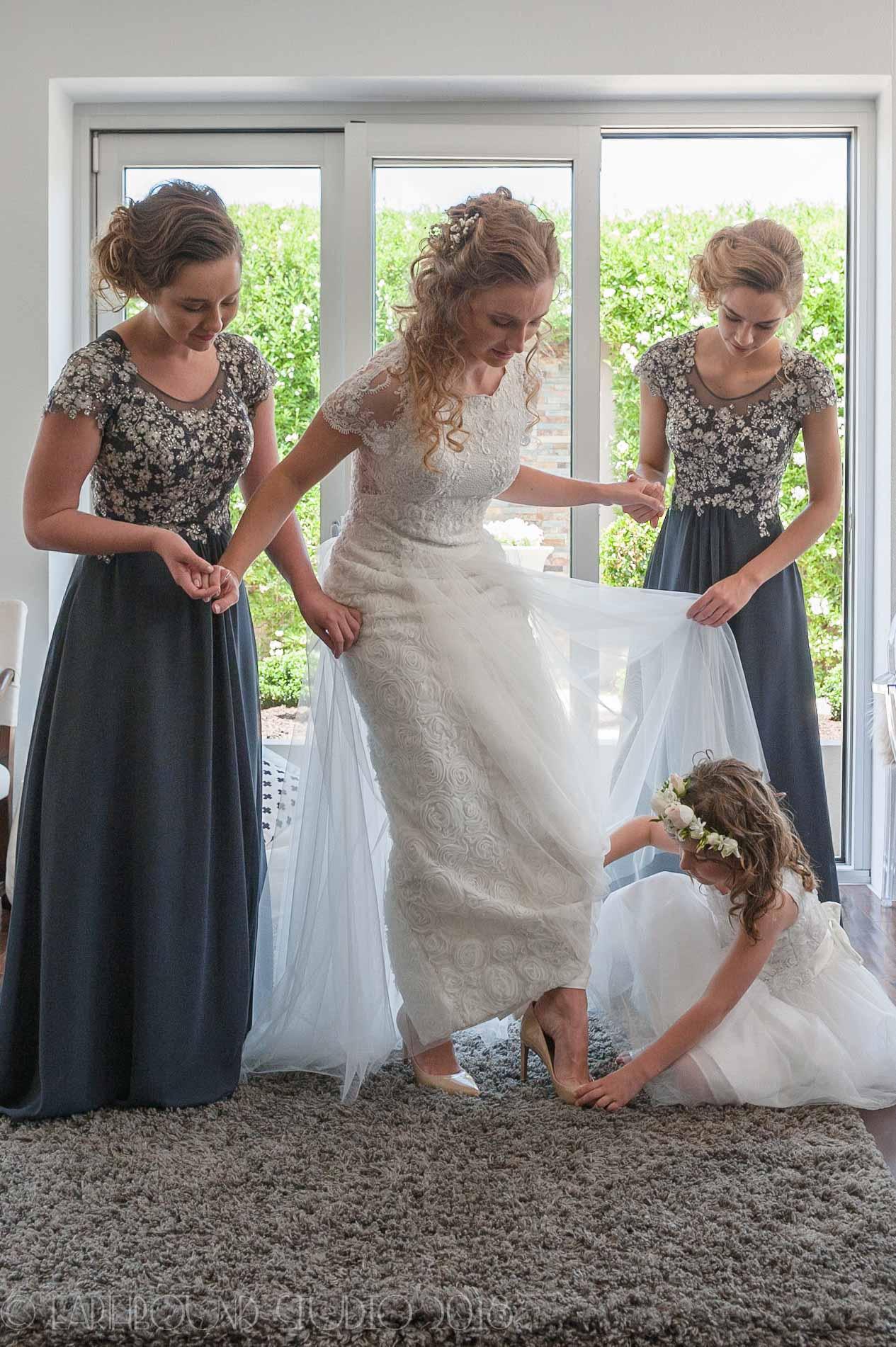 20161121-132038Joel&Bella_Wedding.jpg