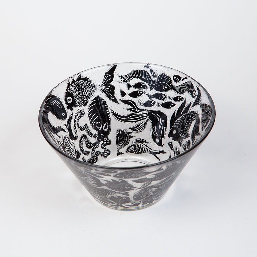 KATE MORTON - An artist who works in multiple genres including lampwork, functional and cast glass, domestic pottery and graphite painting.