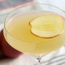 Apple-Ginger-Martini-Cocktail-Recipe-1.jpg