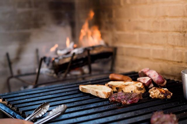 La mejor carne del Valle. Estamos listos y esperando por ti. /////////////////////// Best steaks in the Valle de Guadalupe. We're ready and waiting. 📷: @juliafranzosphoto . . . . . #CarneyVino #valledeguadalupe #parrillaargentina #cavamaciel #travel #mexico #wanderlust #ensenada #valledeguadalupe #bajawine #wine #travelgram #instatravel #vino #winecountry #winetasting #bajacalifornia #food #foodie ##instafood #vscofood #eatingfortheinsta #foodbeast #onthetable #eatfamous #nomnomnom #alwayshungry #thatvallelife