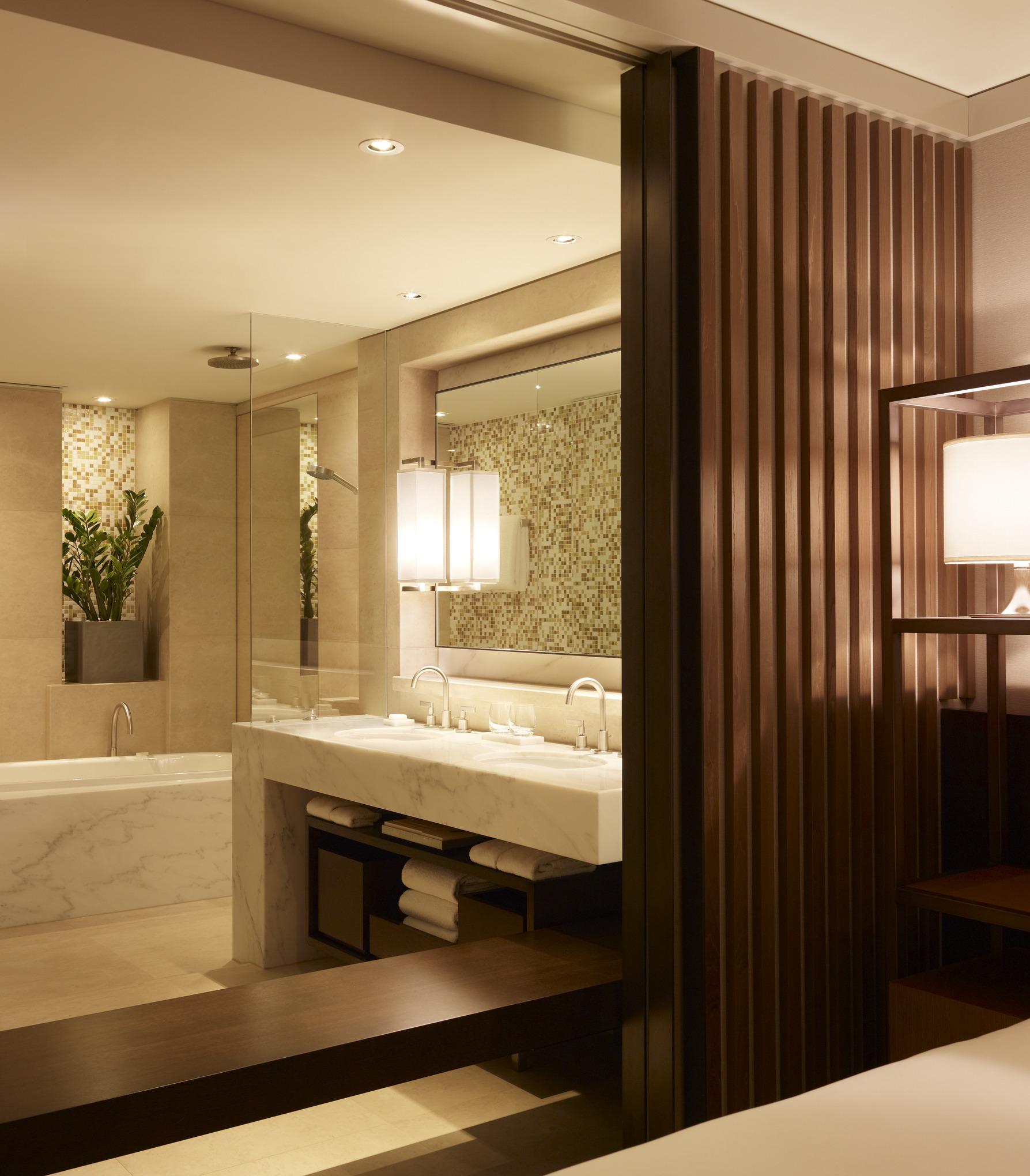 King Opera View Room at Park Hyatt Sydney Hotel