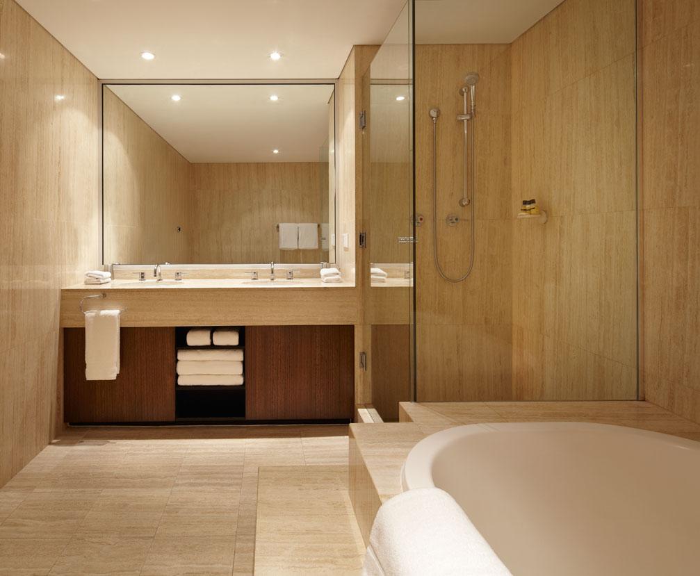 HRP_SpaSuite_Bathroom_FinalSmall.jpg
