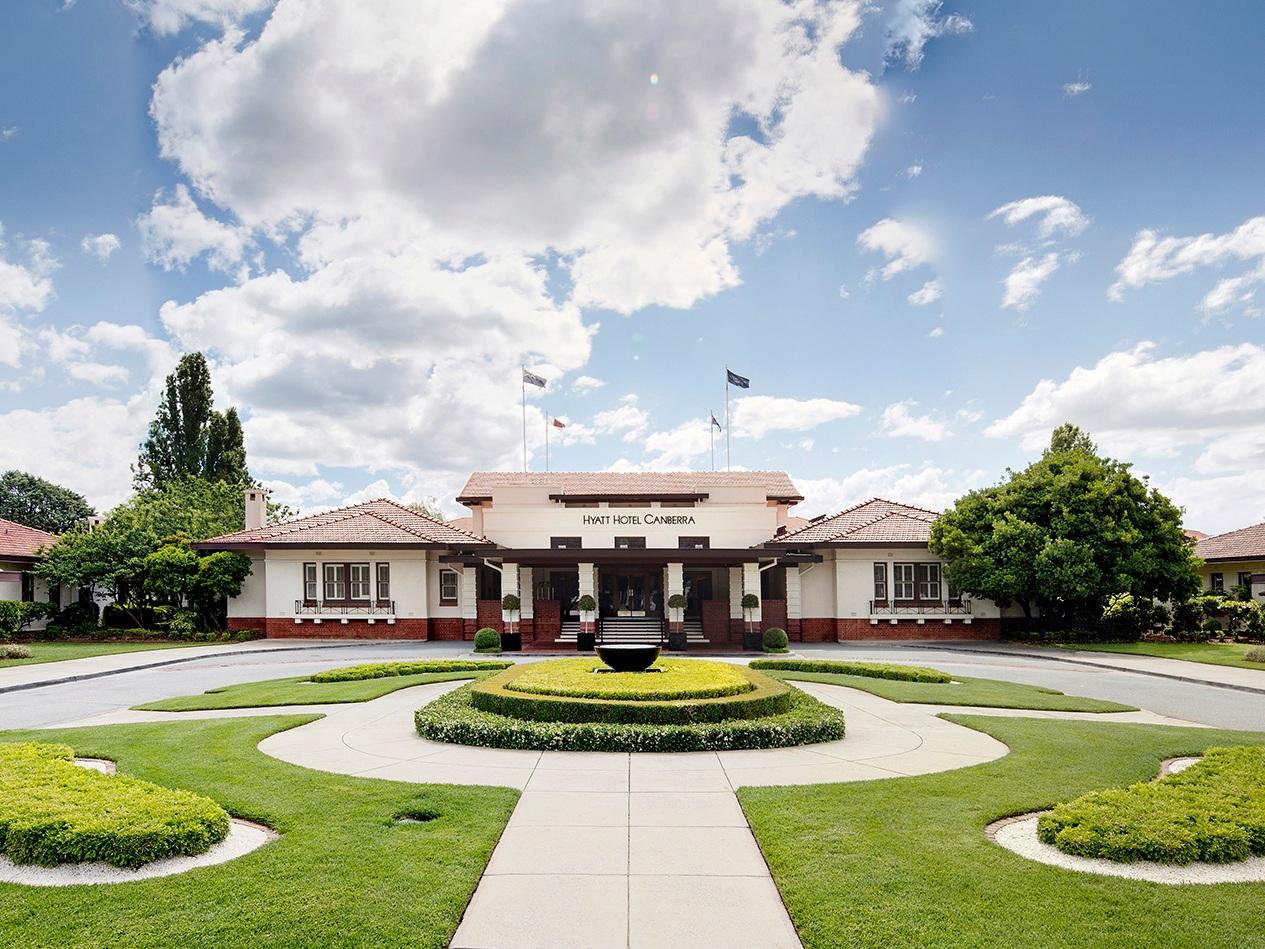 Driveway at Hyatt Hotel Canberra