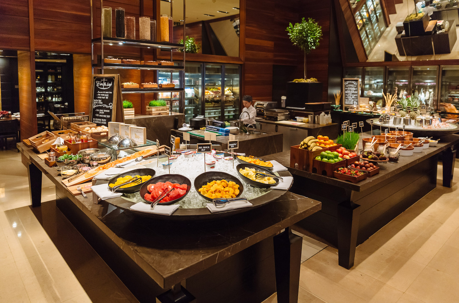 Buffet Breakfast at Grand Hyatt Melbourne Hotel