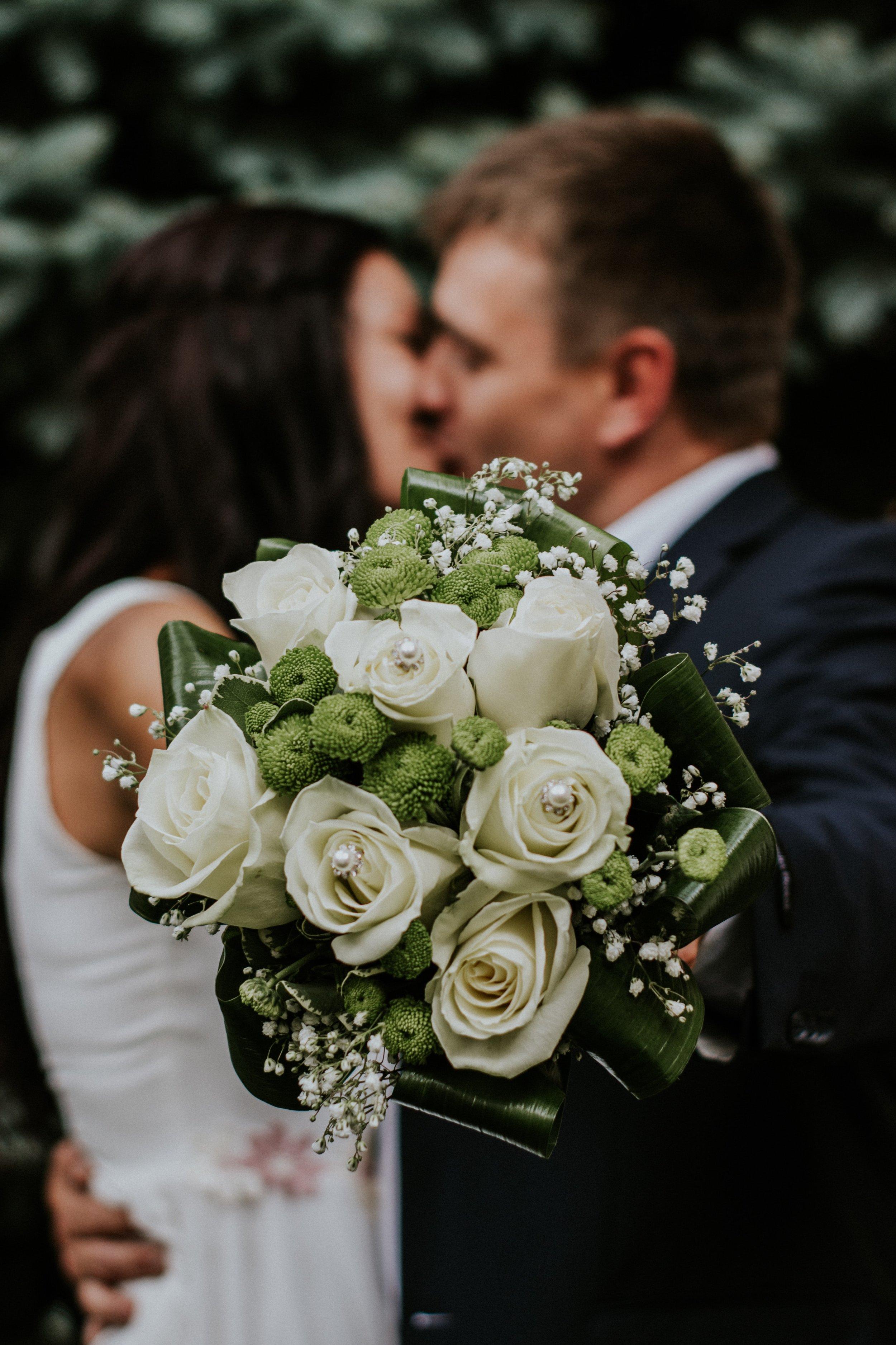 blurred-background-bouquet-bridal-948185.jpg