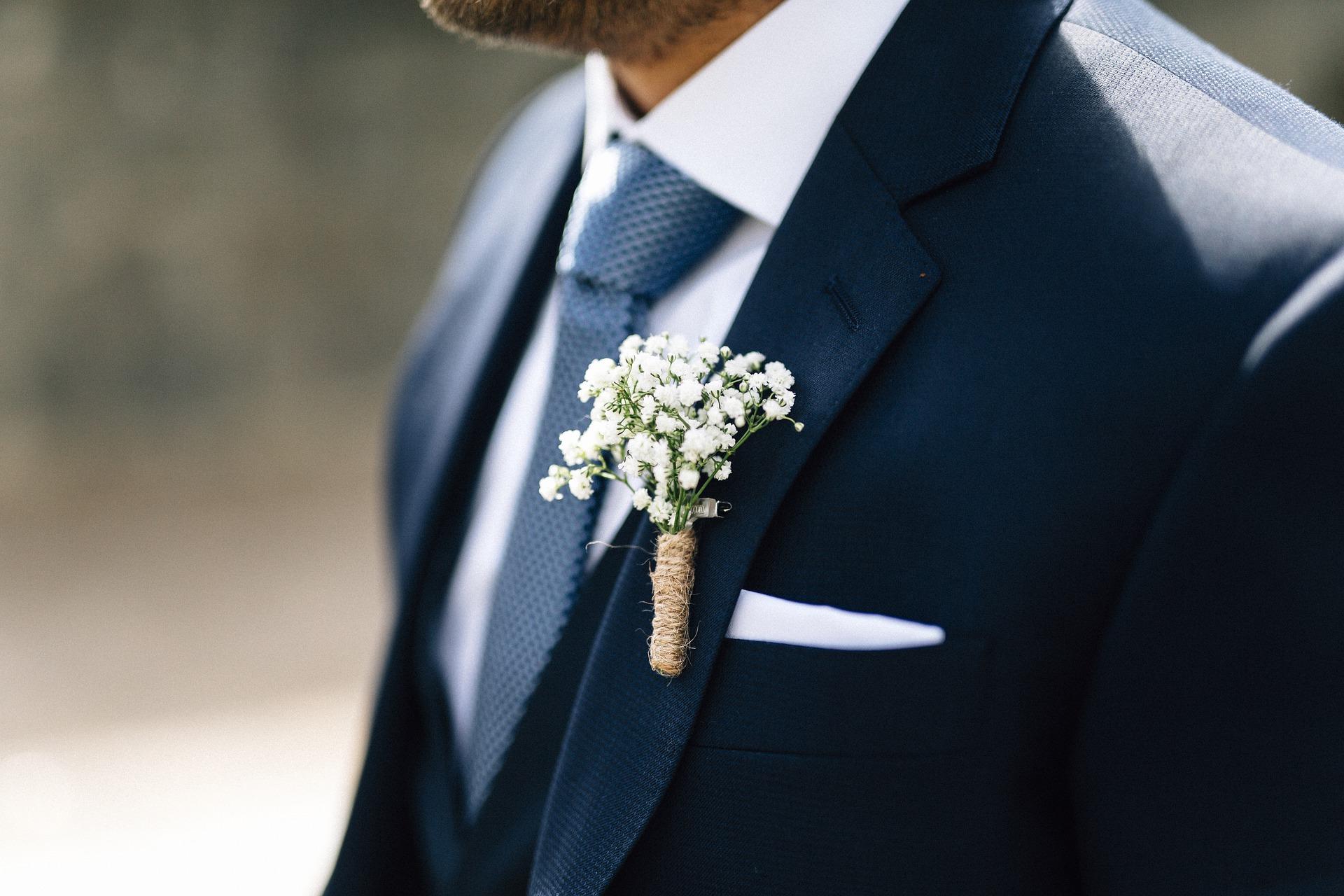 wedding-4288992_1920.jpg