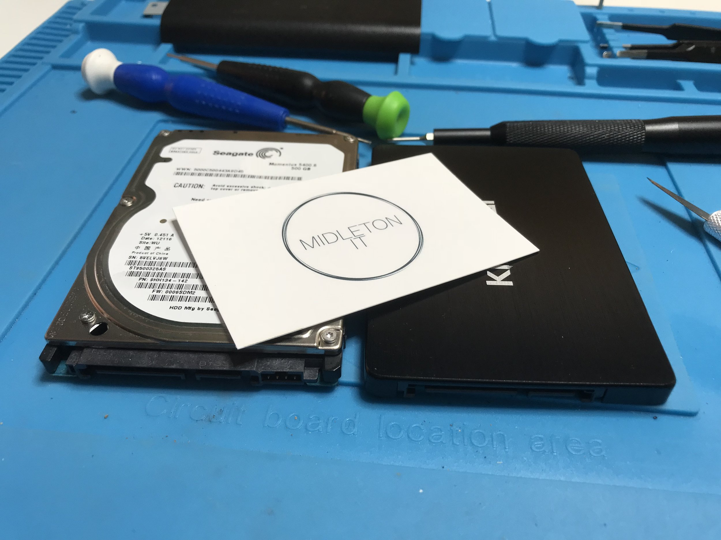 HARDDRIVE-AND-SSD-WITH-MIDLETONIT-BUSINESS-CARD-ON-TOP.JPG