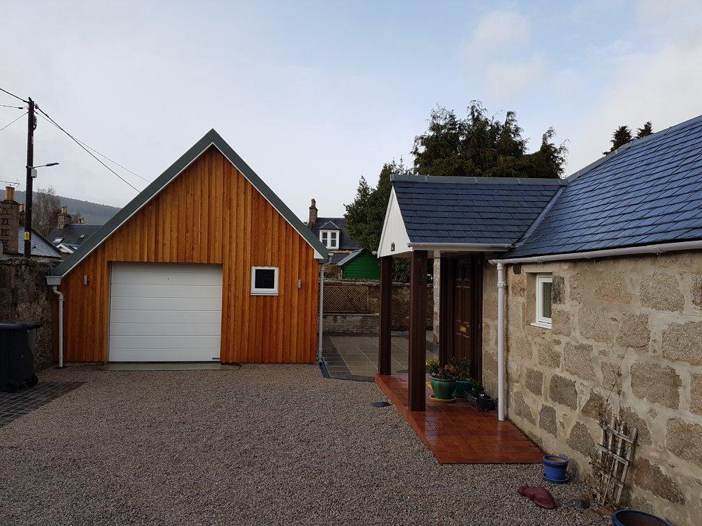 Garage & Garden -