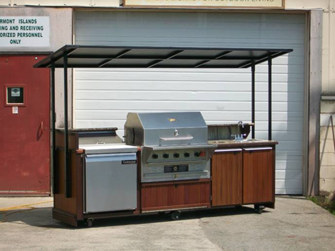 Outdoor Grill with Roof