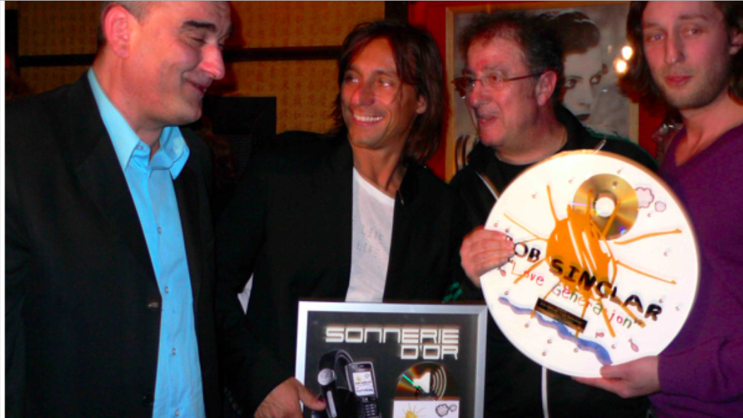 "In April 2006, we were awarded a ""gold disc and ringtone"" for ""Love Generation""s success in France. We spent a formidable evening at the Mandalaray."