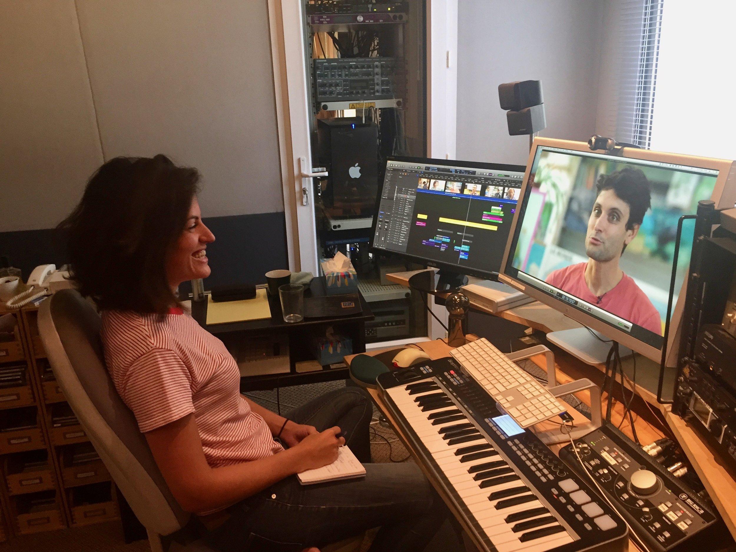 """- Je donne un petit coup de pouce à ma nièce, la réalisatrice Judith Grumbach, pour les quelques musiques dont elle a besoin pour son très bon film sur le sujet de l'éducation à l'école intitulé""""une Idée Folle…"""""""