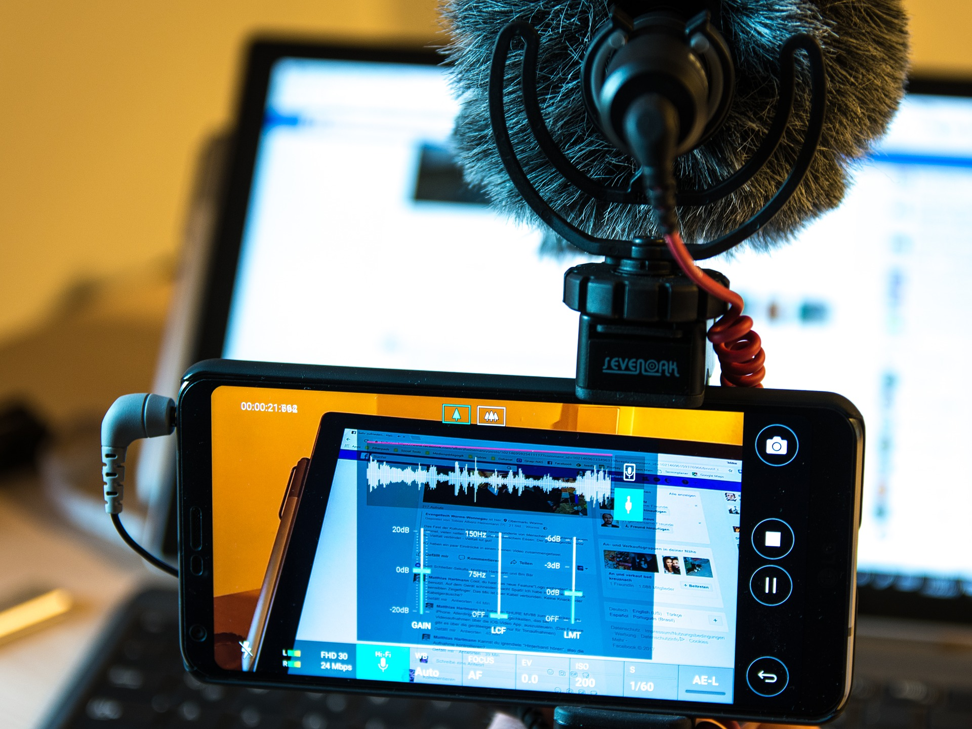 filmer-avec-smartphone.jpg
