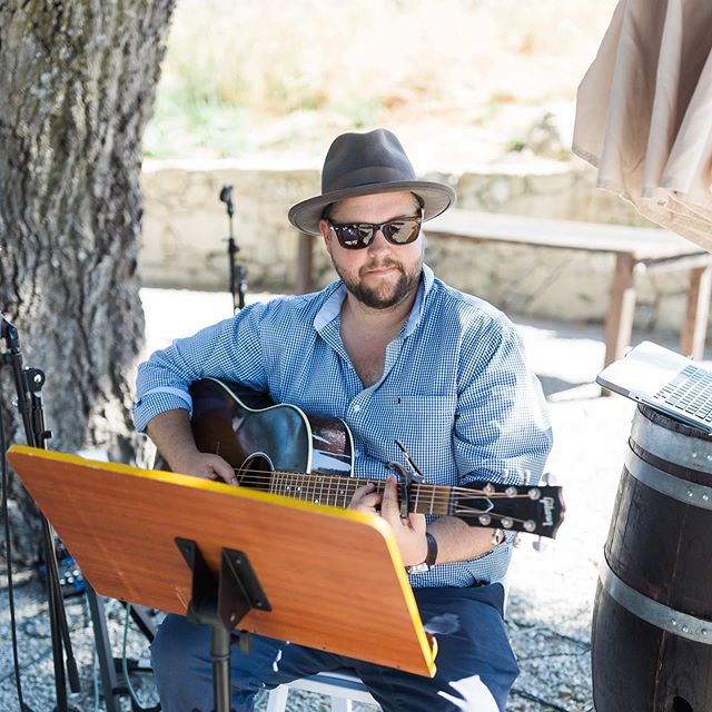 Finding & Hiring a talented DJ or Band for your big day is not easy & can be pretty stressful. You have to ask yourself what you want your wedding to feel like! The type of music will set the mood for your wedding & it is the thing guests most often remember. I highly suggest seeing the DJ or Band in action beforehand. If possible see them live.  If you can swing it hire a band and a DJ in one. This brings double the talent and possibilities. We have had the best of both worlds with Dan @comealiveentertainment ......... Photo cred: @tiffanyjphotography