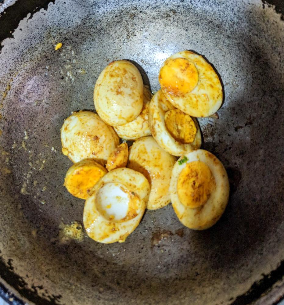 Egg 2.jpg