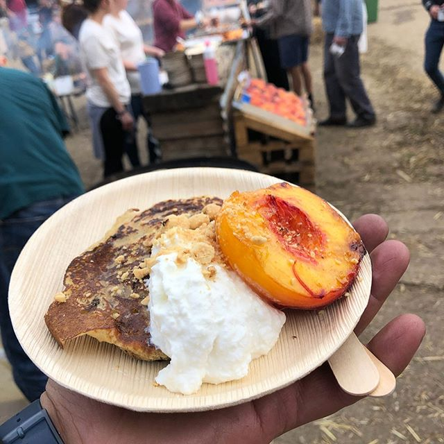 Loved helping man fires at PX+ festival last week, especially for the Natoora breakfast! Amazingly delicious grilled peaches and pancakes cooked on the Kadai fires over treewood harvesting sustainable wood. Epic start to a day!  @natoora @pxplusfestival @kadaifirebowls @julian_d_brown @gamechangerbbq @skeppshultuk @alexpoleironwork @duchessfarms  #grilledpeaches #bbqpancakes #bbqbreakfast #pxplusfestival #natoora #sustainablewood #playingwithfire