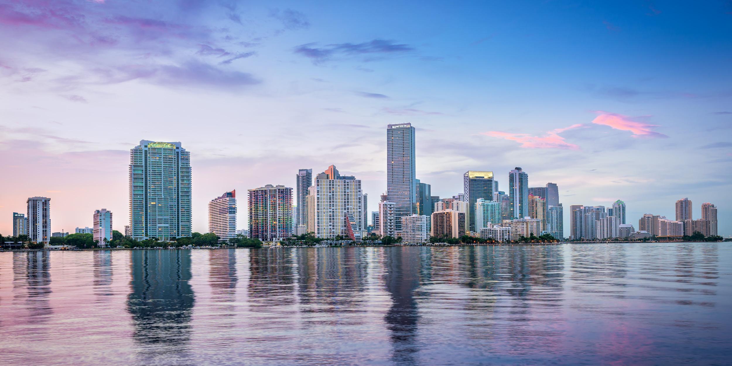 Miami_Skyline_Rickenbauker_Causeway-Franklin_Castillo_2.jpg