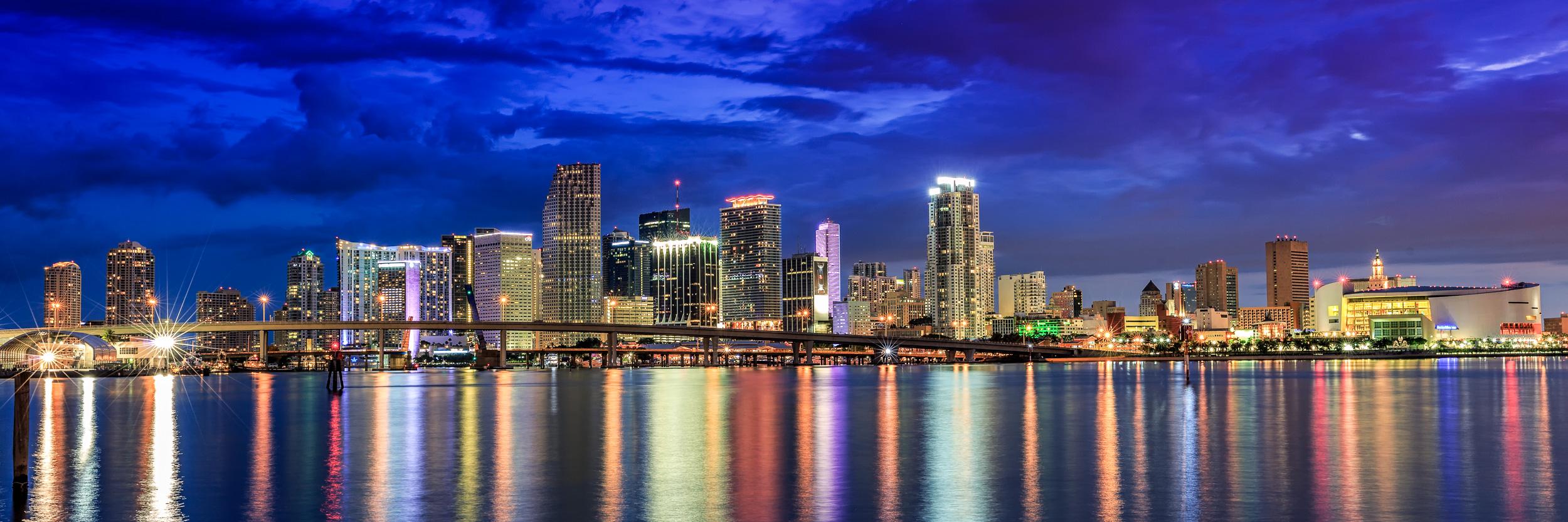 Miami_waterfront_night_Miami_Fort_Lauderdale_commercial_photographer_Franklin_Castillo.jpg