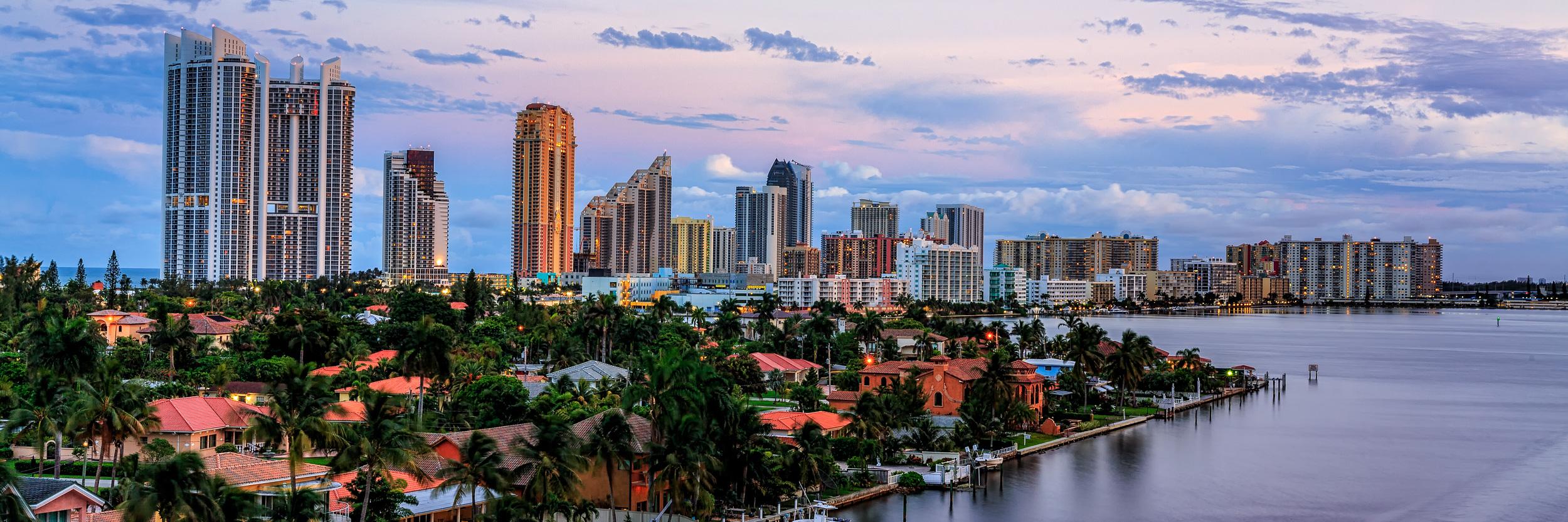 Sunny_Isles_skyline_sunset_Miami_Fort_Lauderdale_commercial_photographer_Franklin_Castillo.jpg