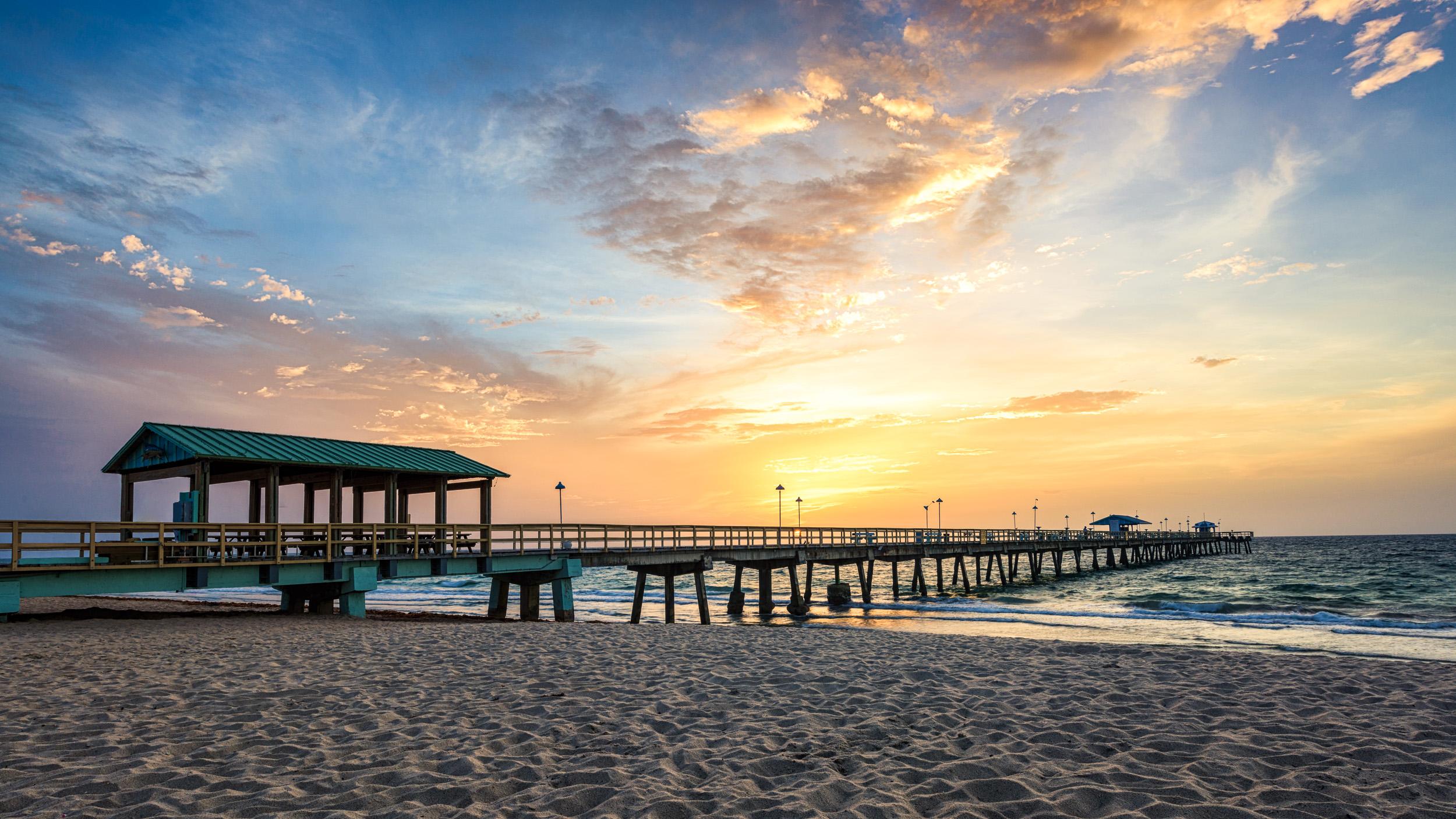Anglins_Fishing_pier_sunrise_Miami_Fort_Lauderdale_commercial_photographer_Franklin_Castillo.jpg