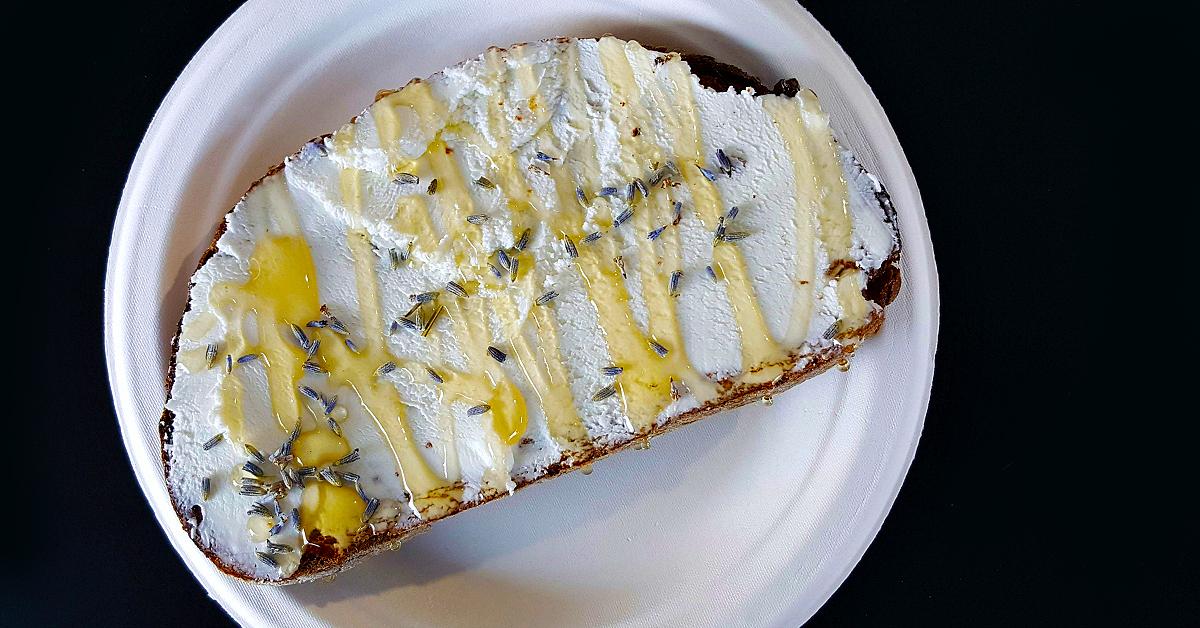 sipnsavor-lavender-honey-toast.jpg