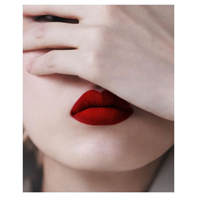 Red Velvet Beauty. @vogue_ukraine  Styled by @michelle__cameron | Makeup @violette_fr | Hair @hiromari8787  #beauty