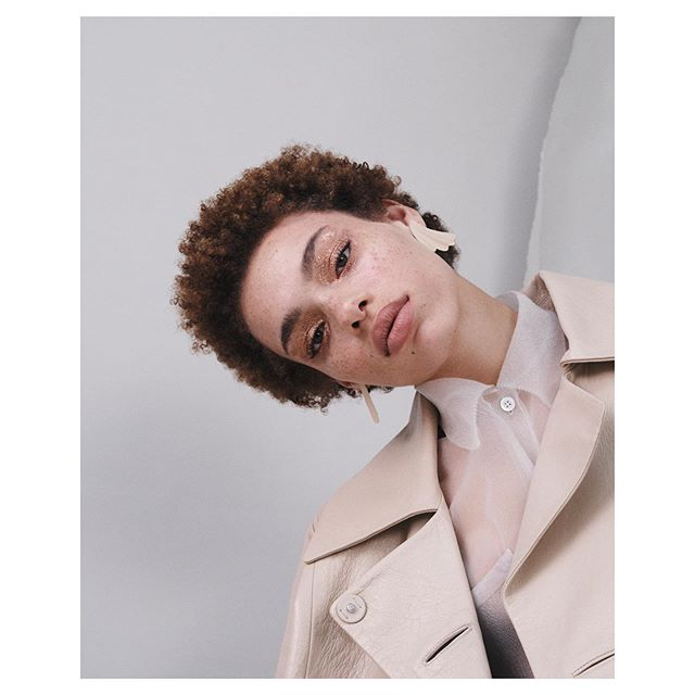 Freckled Beauty @vogue_ukraine  Styled by @michelle__cameron | Makeup @violette_fr | Hair @hiromari8787 | Casting @meganmccluskiecasting  #beauty #freckles #managementartis