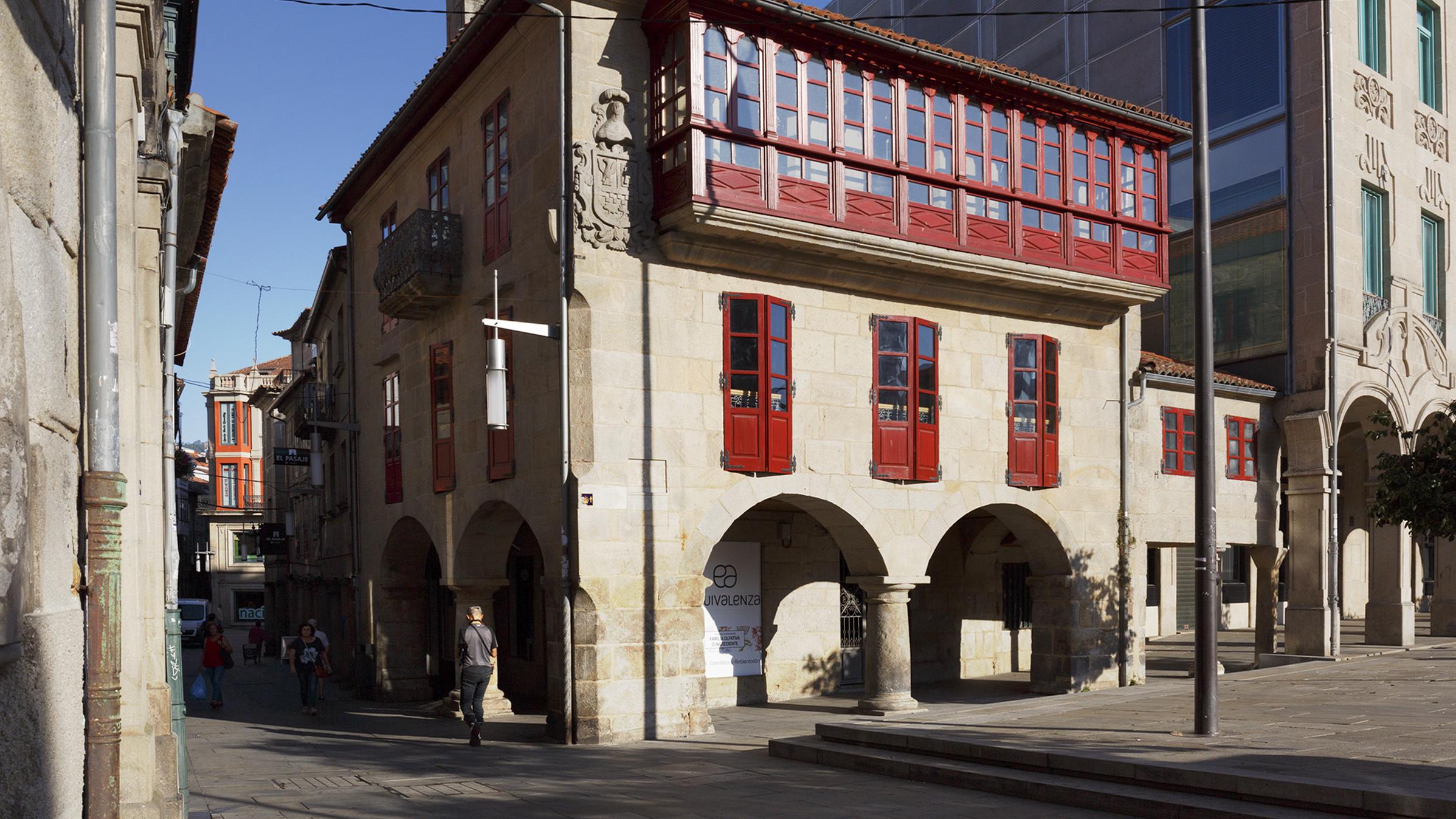 LoTo - Ferrería, 6 -1º36002 Pontevedra615 974 998