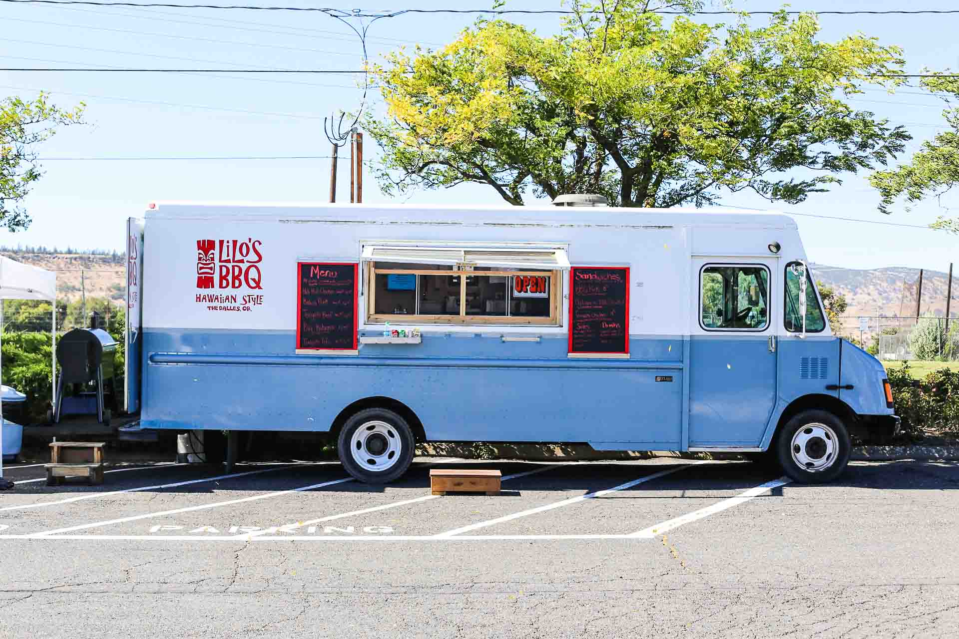 Lilos Food Truck-1.jpg