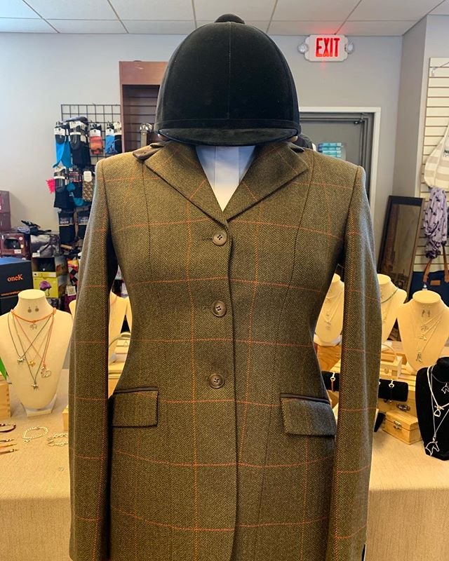 🦊 Spring Roading season is right around the corner and we have three  different style RJ coats that you'll love. Come on in and have a try!