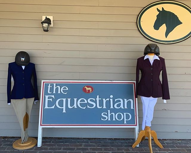 Hunter, jumper or equitation...we got you covered! Come by and check out these ✨gorgeous✨ new additions to our show coat collection from @r.j.classics