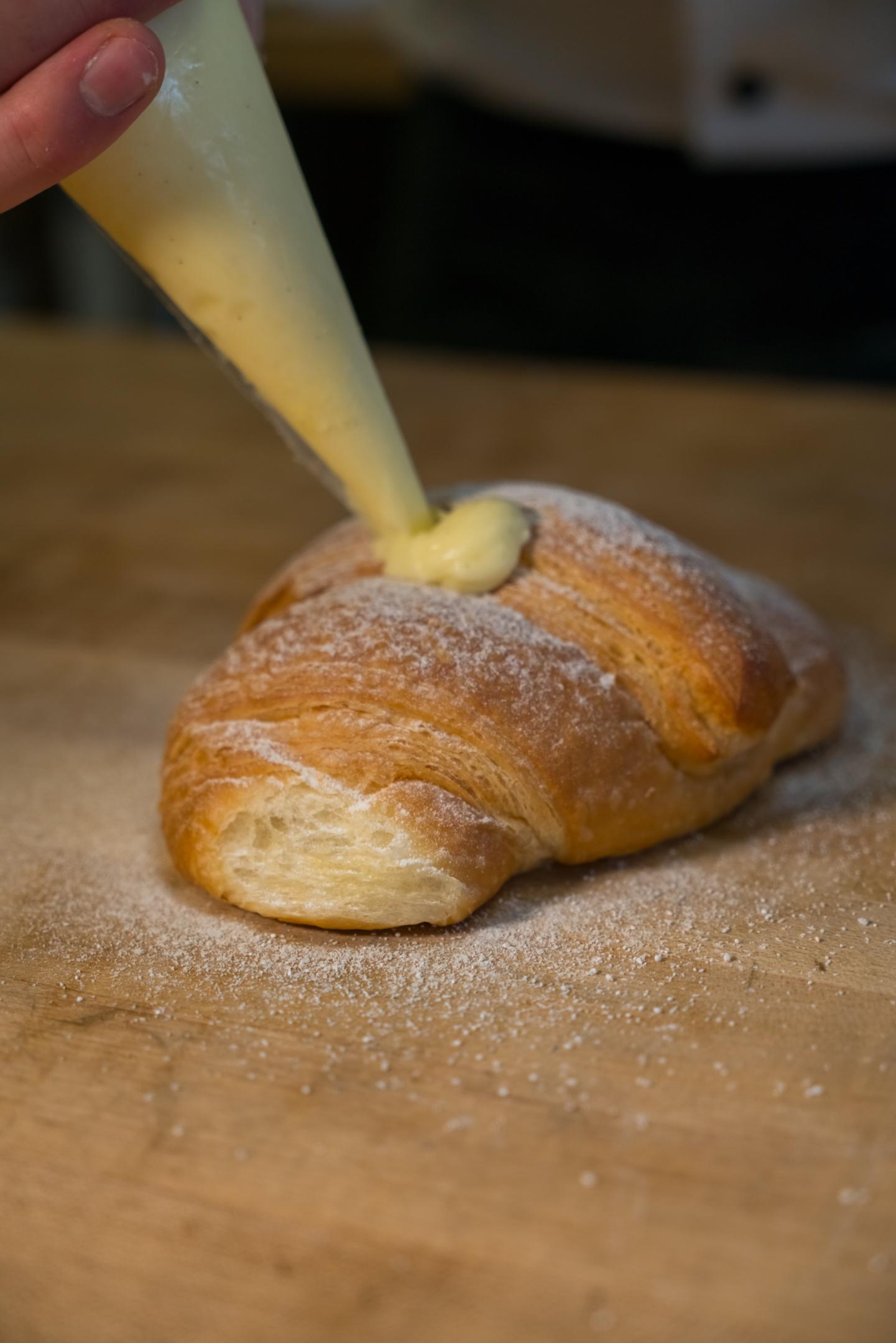 croissant-fill.jpg