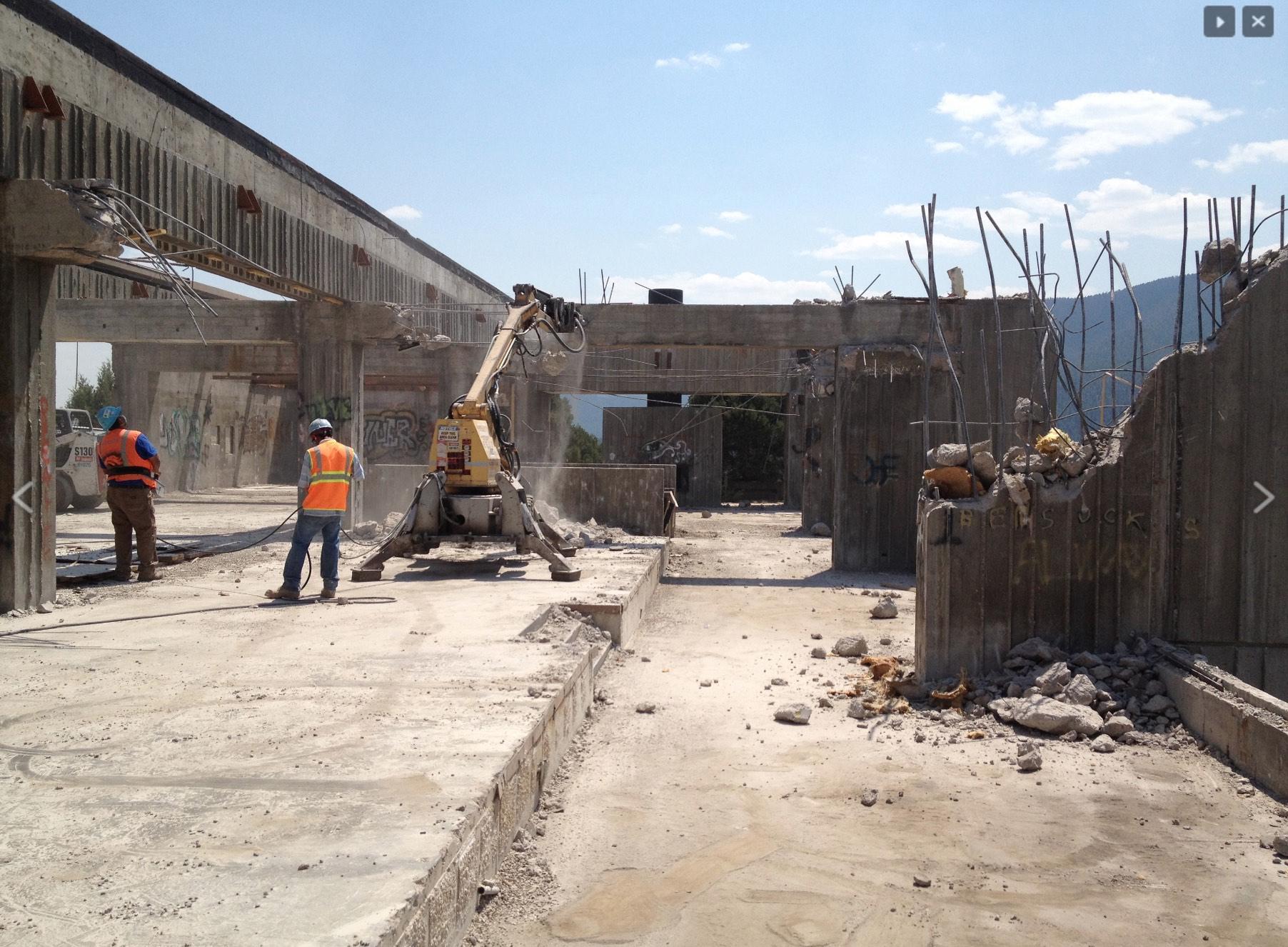 hillen-demolition-7.jpg