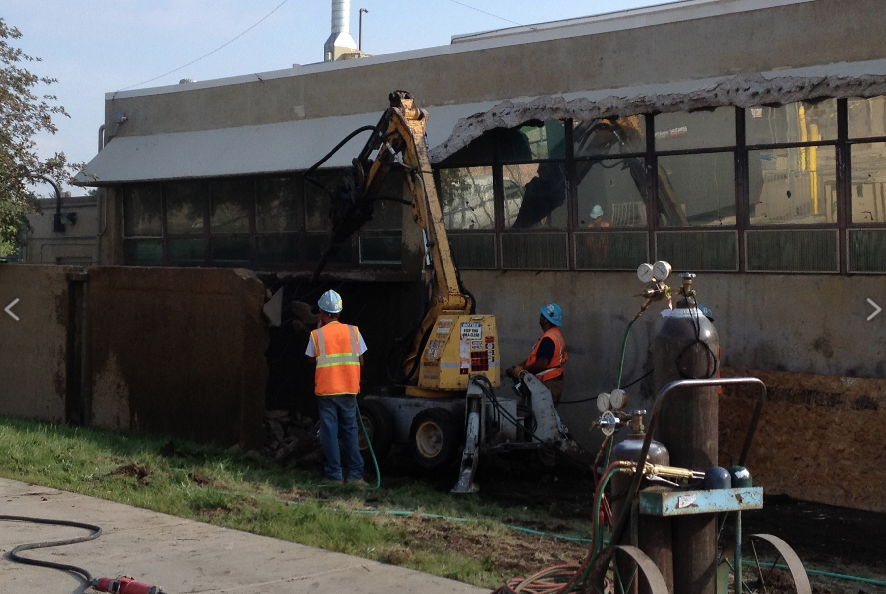 hillen-demolition-8.jpg