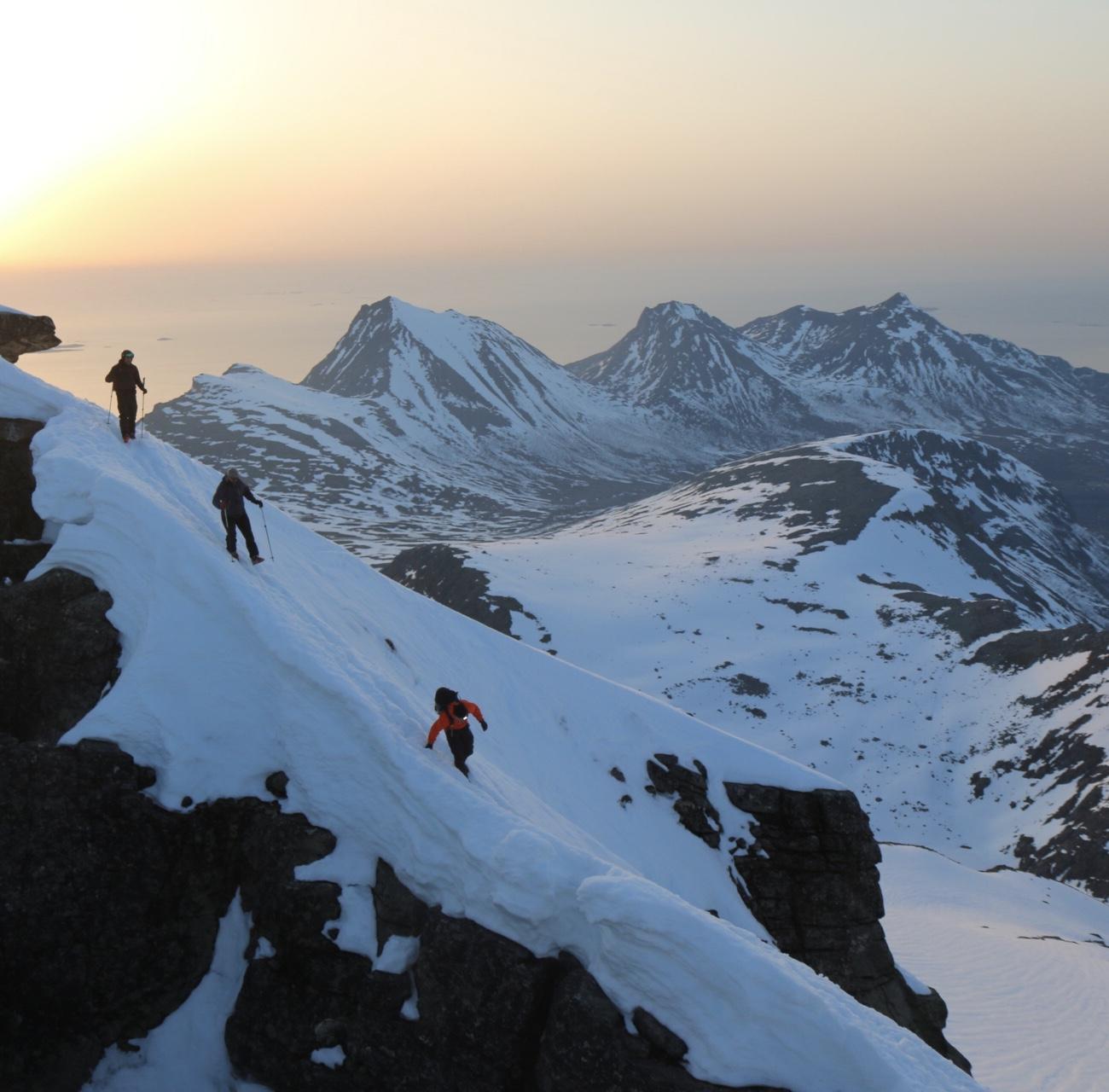Espen, Jon og Henrik på vei ned fra toppen