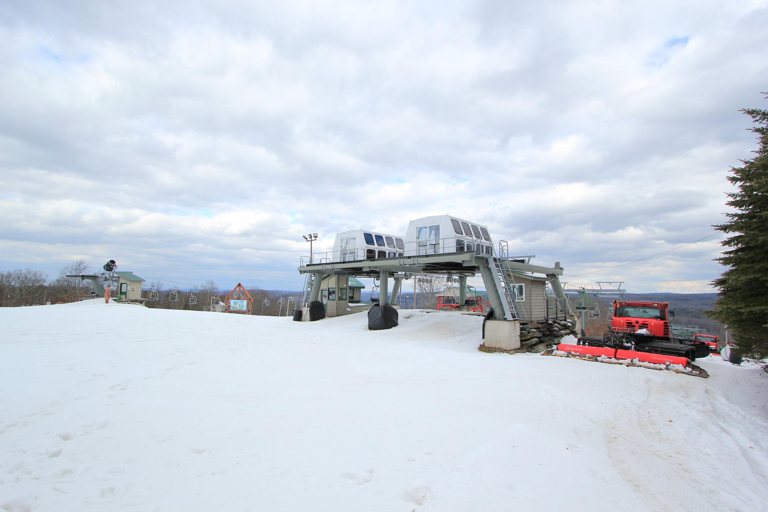 Masthope Ski Lifts.JPG