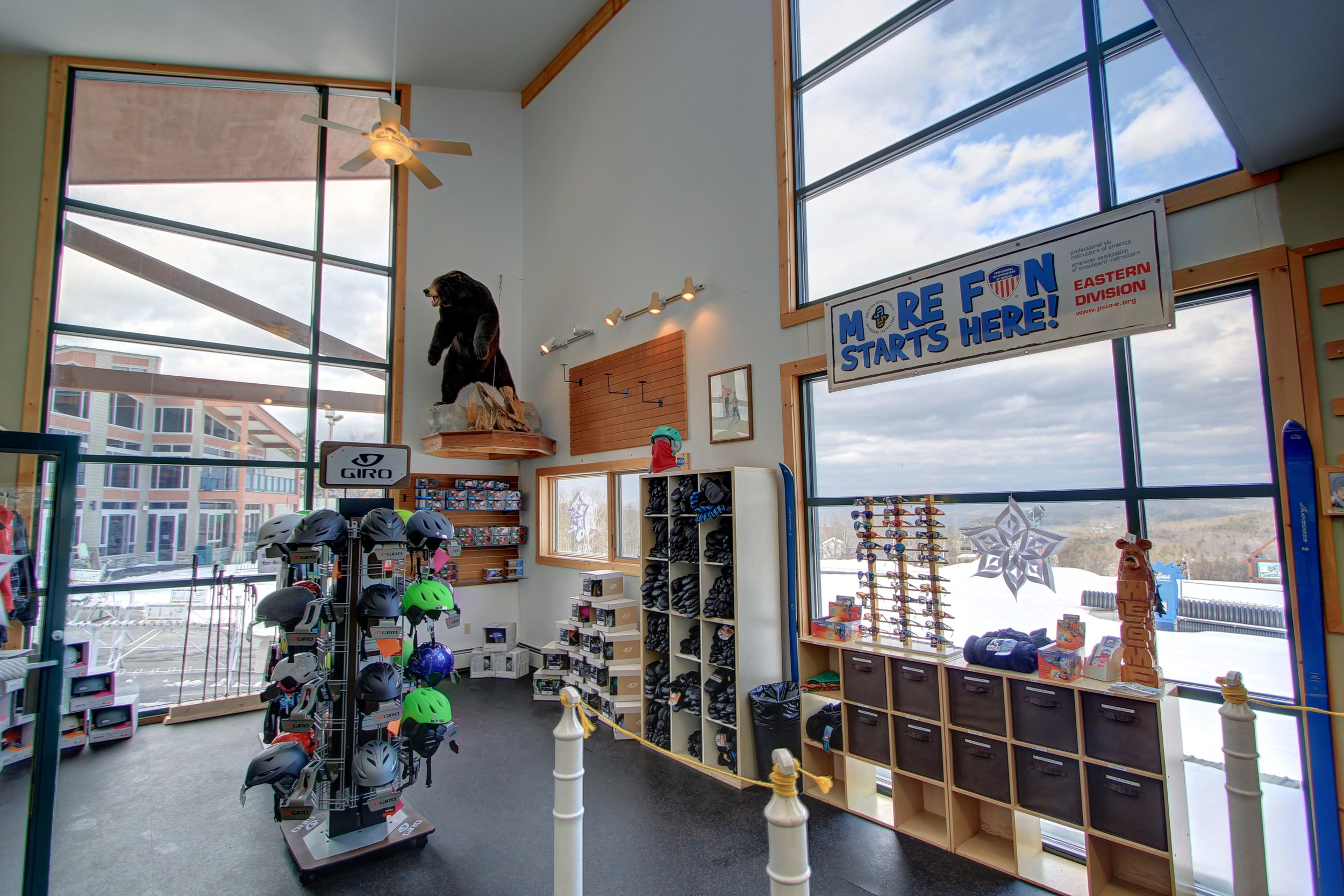 Masthope Ski Shop.jpg