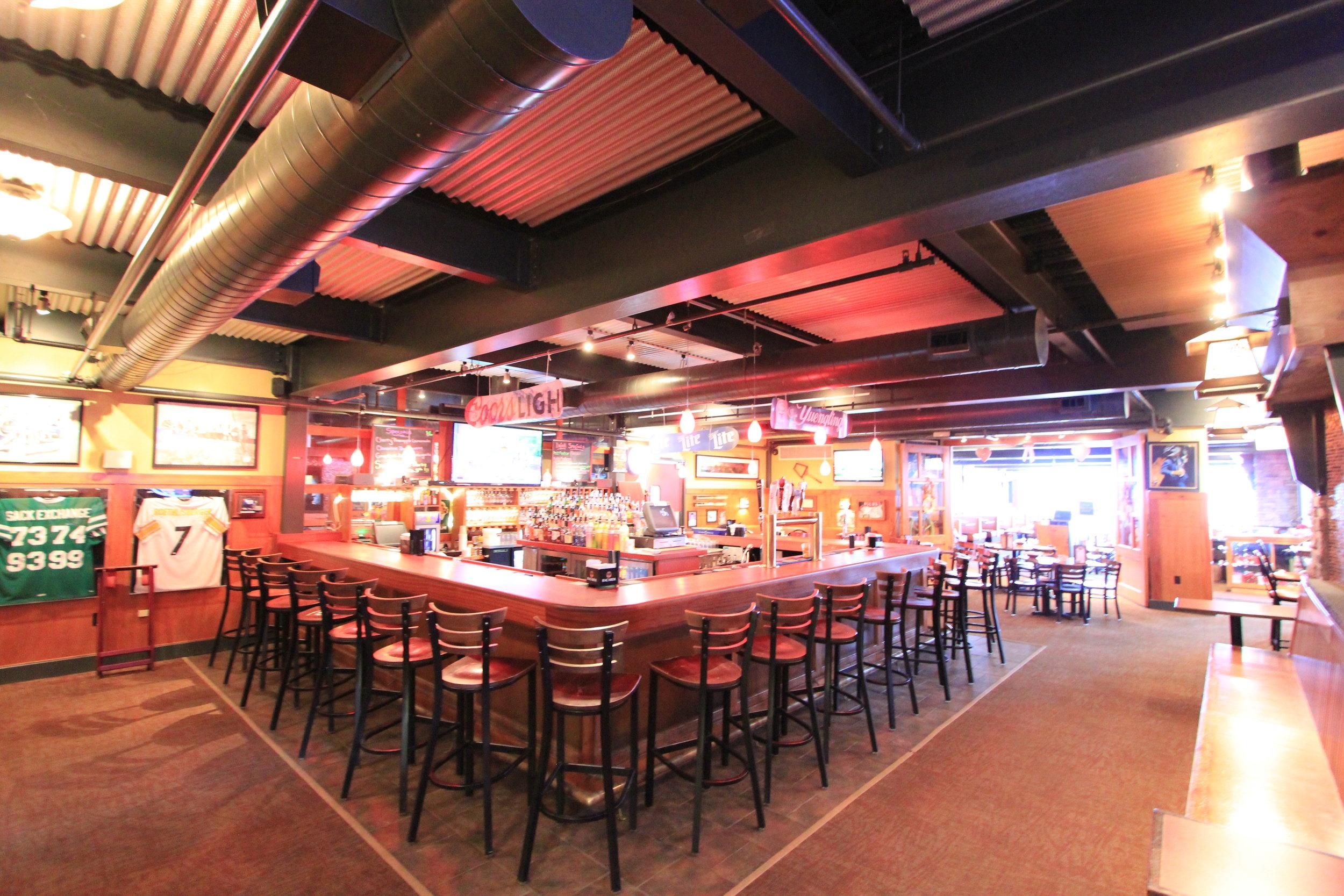 Masthope Summit Bar.JPG