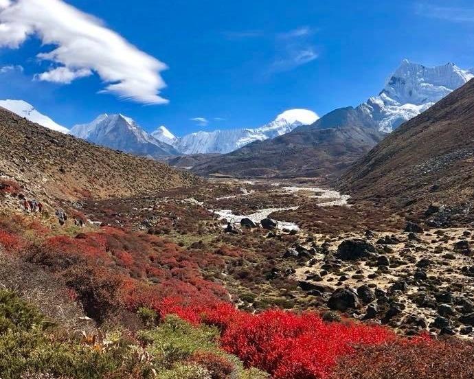 Basecamp-of-Everest.jpg