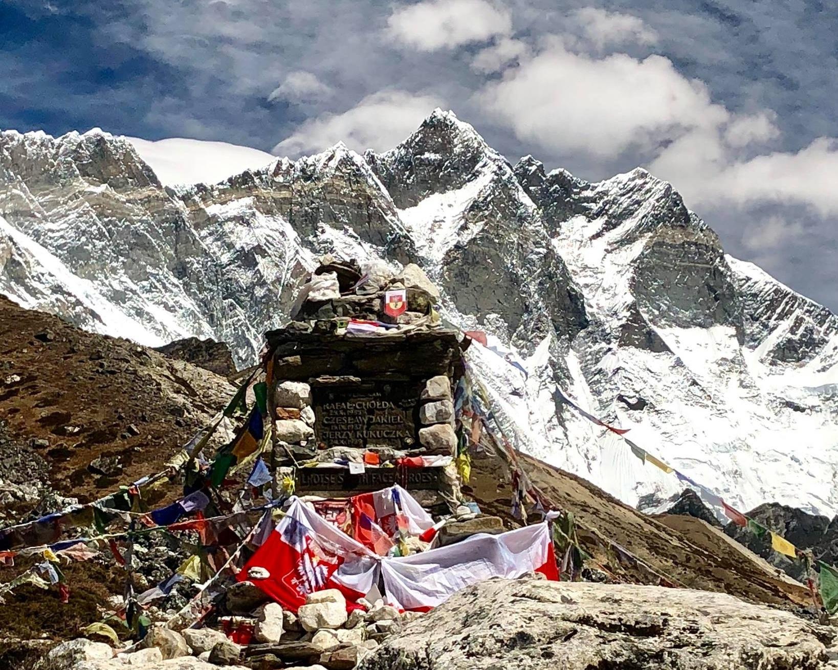 Basecamp-Everest.jpg