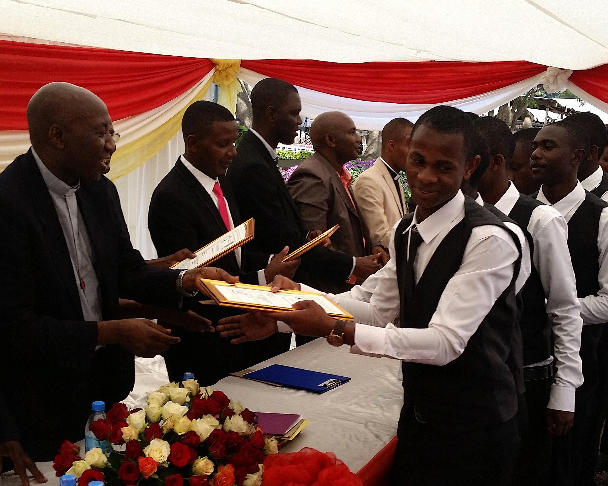 mwenda-graduation.jpg