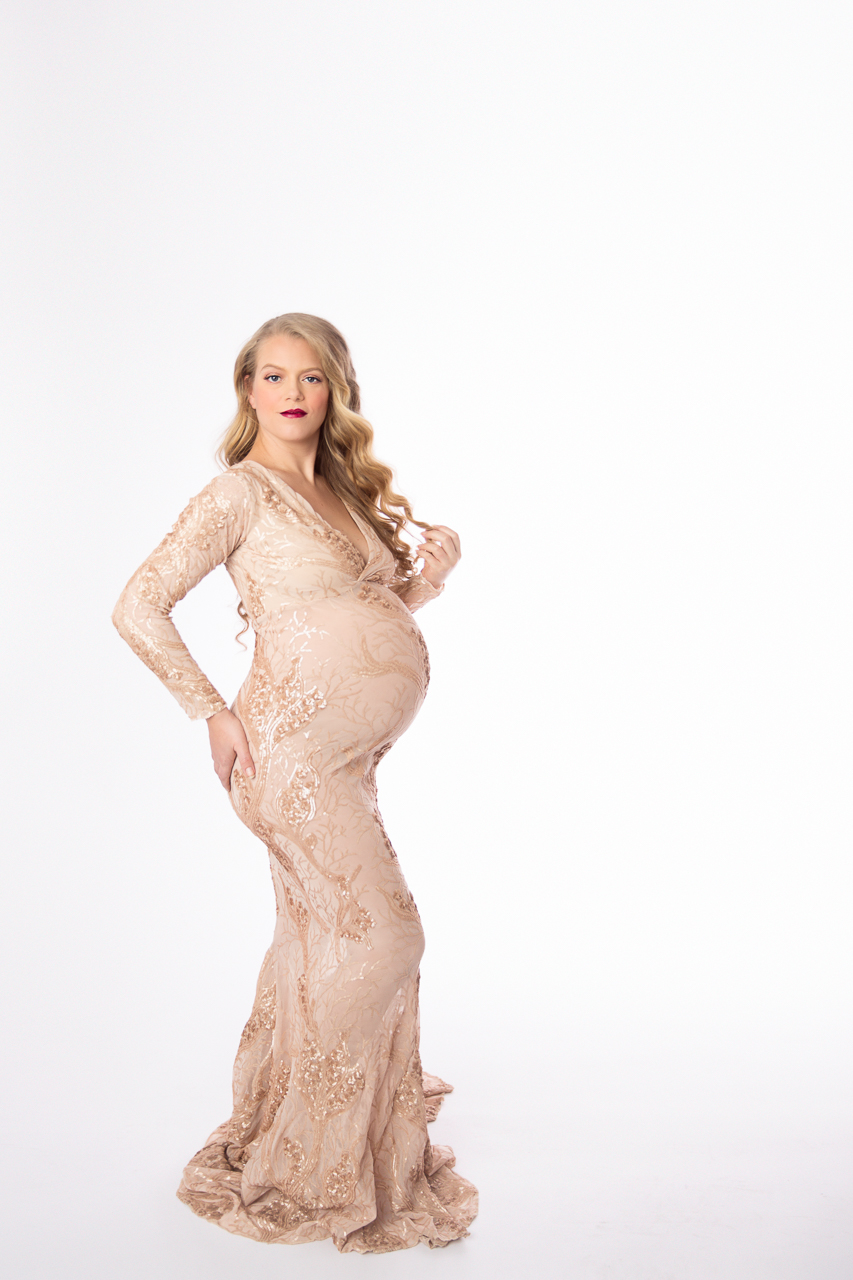 nyc maternity photoshoot instudio prospect heights gold-0065.jpg