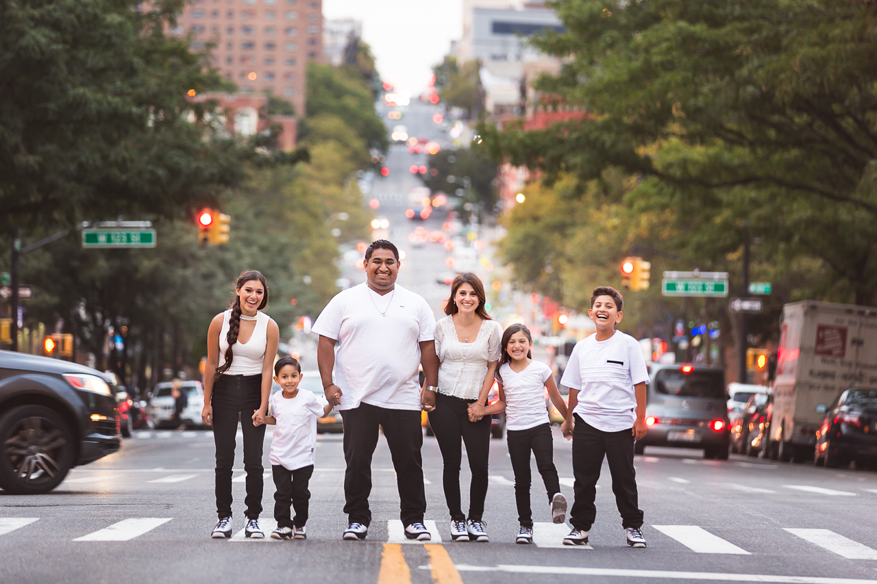 nyc family photoshoot upper west size casual jeans-0704.jpg
