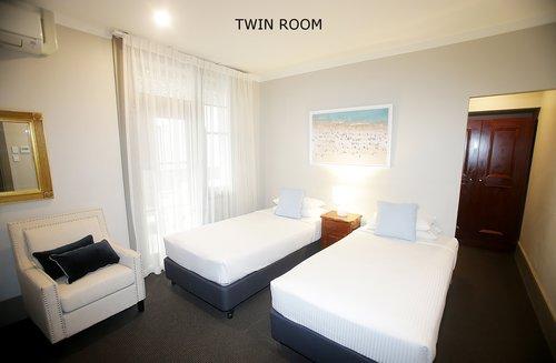Twin+Room+2.jpg
