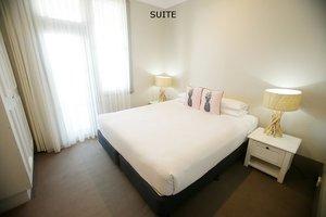 Suite+7.jpg