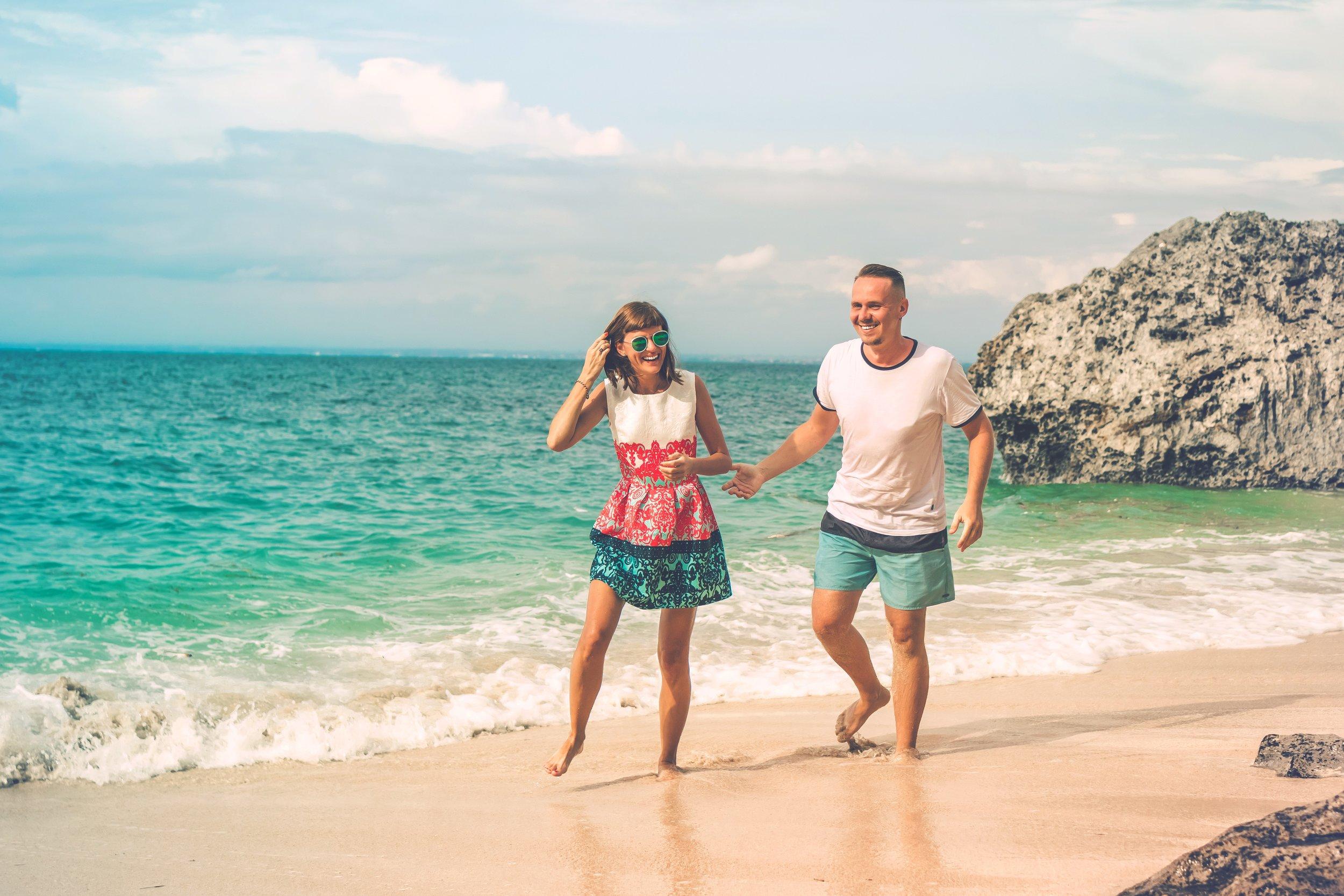 beach-cheerful-couple-2383861 (1).jpg
